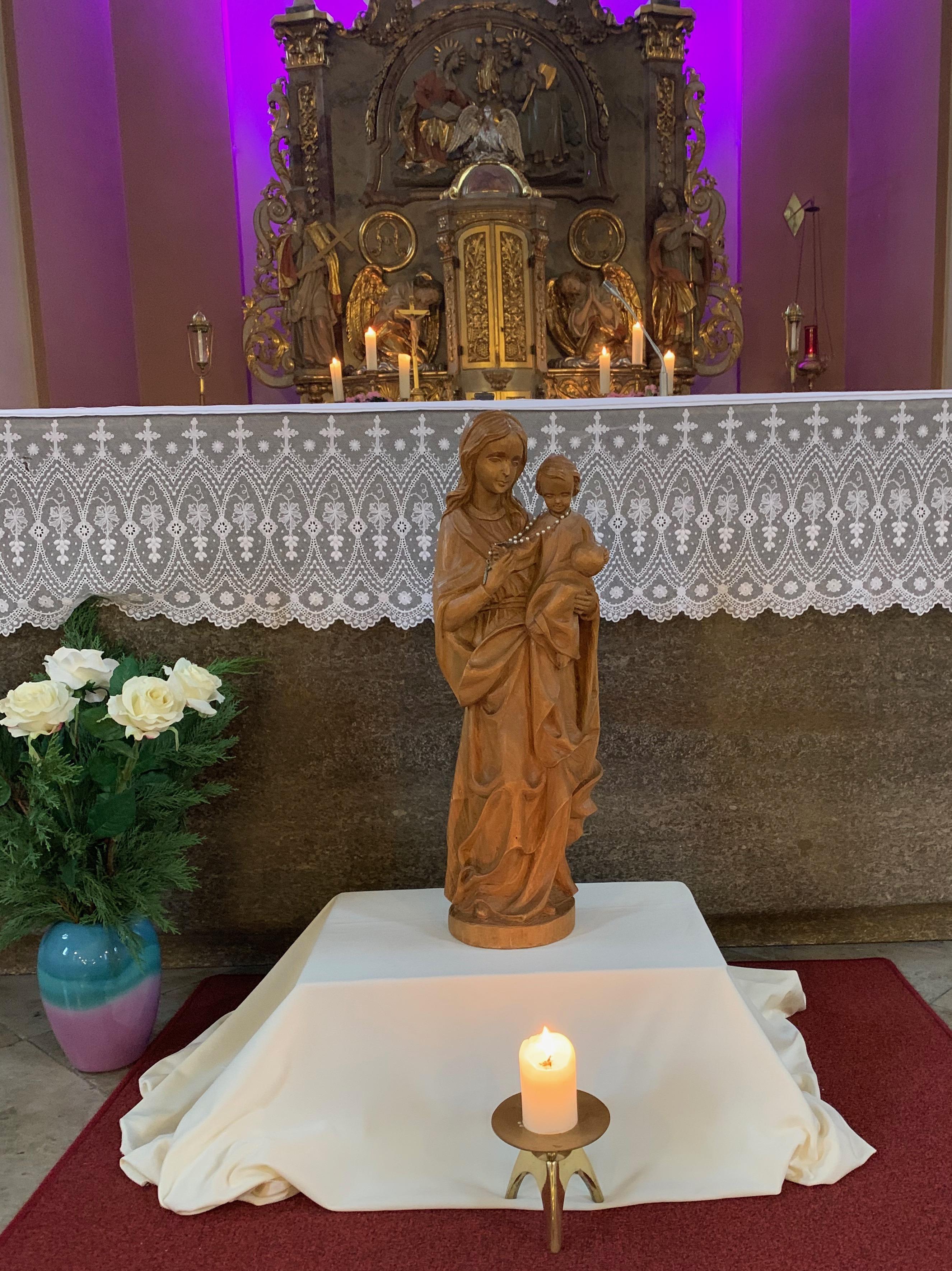 Frauentragen Im Advent